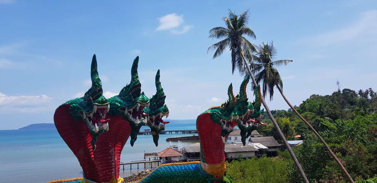beaches and places to see in koh mak